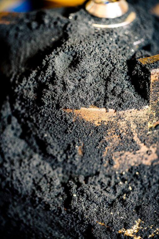 Herstellung Lava Edition Gongreiber